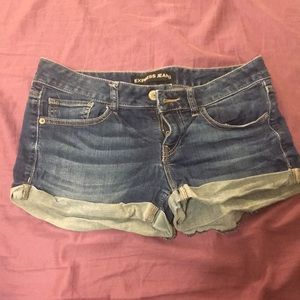 Express jean shorts size 4